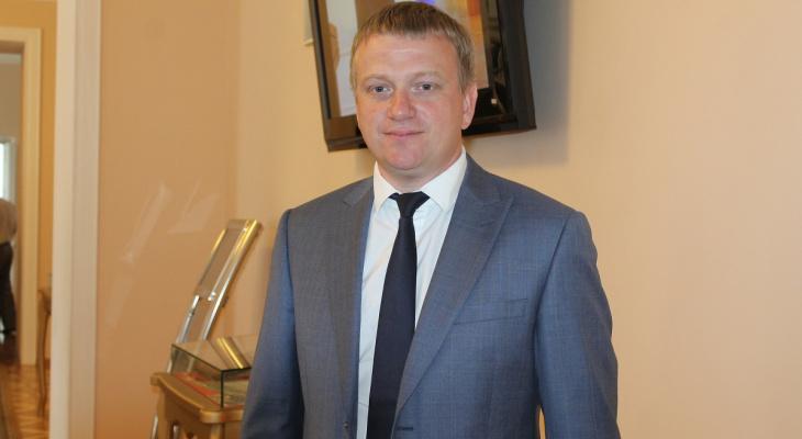 Андрей Лузгин поздравил пензенцев с праздником весны и труда