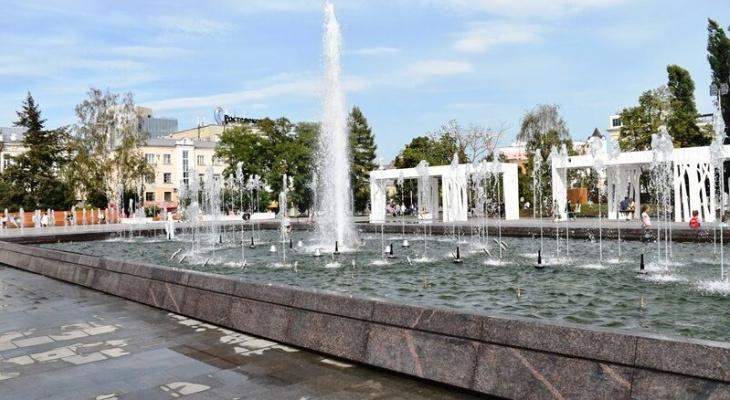 Мэрия озвучила график работы светомузыкального фонтана в центре Пензы