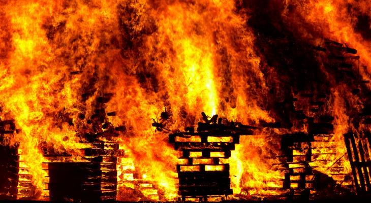 В пензенском садовом товариществе произошел пожар