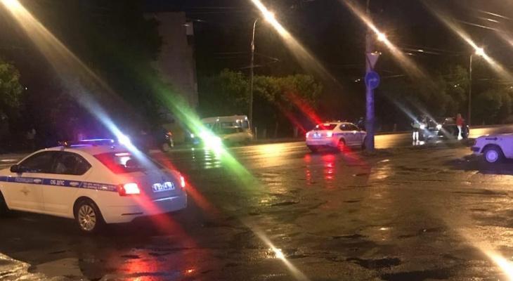 В Пензе на улице Карпинского сбили пешехода