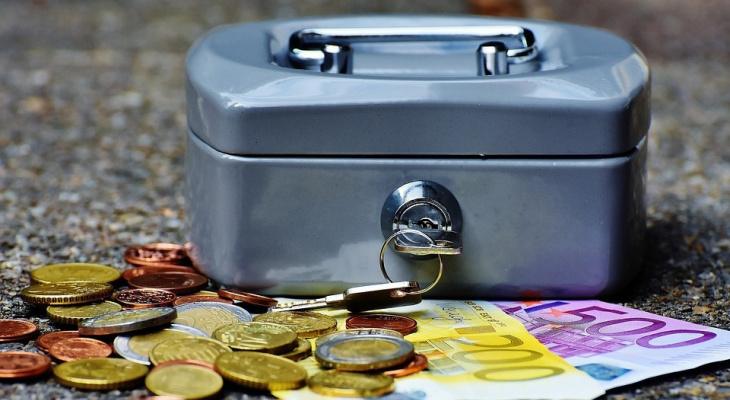 Часть российских семей лишится детских выплат из-за новых правил