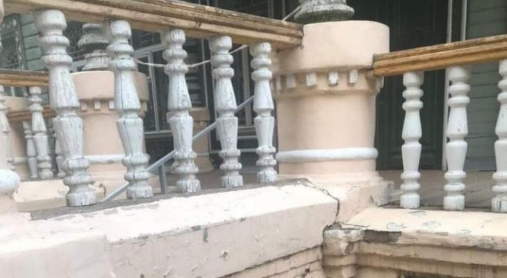 В Пензе рассыпается памятник деревянного зодчества