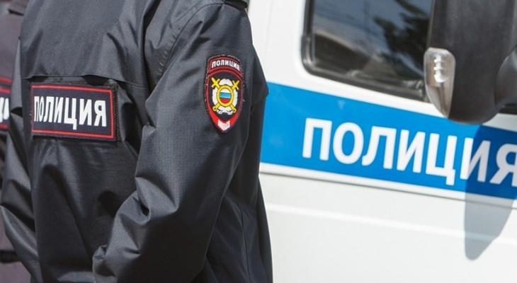 Сломал 4 ребра: в Каменке полицейский получил срок за халатность