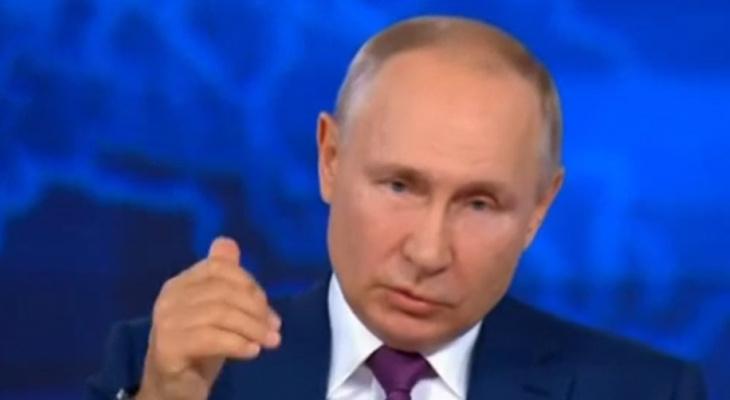 «Колют что угодно»: Путин высказался о вакцинации