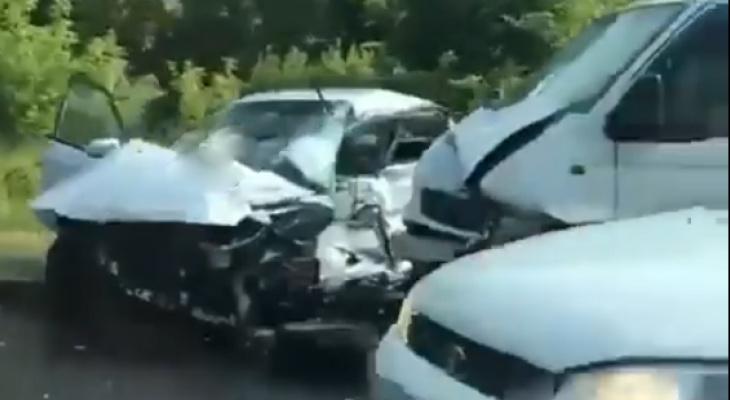 Соцсети: в Пензе в аварии погиб человек