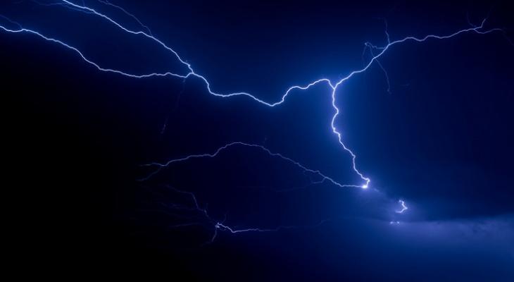 МЧС предупреждает жителей Пензенской области о жаре, грозе и граде