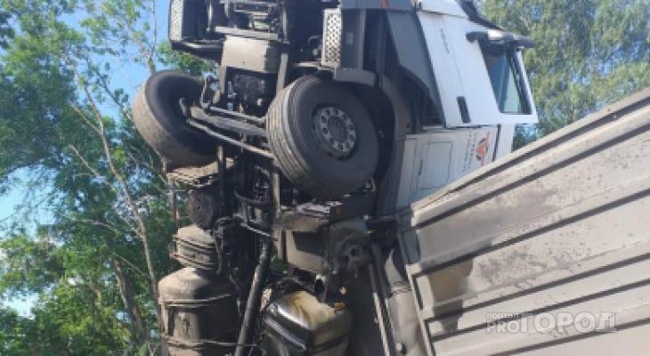 Два пензенца попали в аварию в Рязанской области