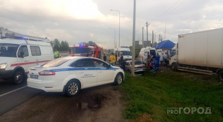 Четверо людей пострадали в аварии на трассе М-5 в пензенском регионе