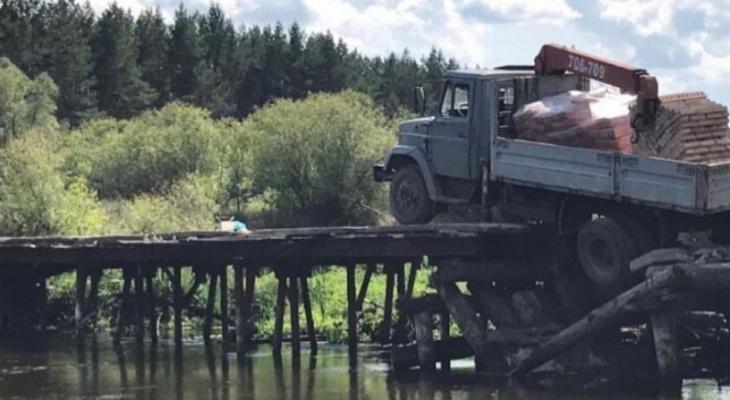 Водитель грузовика в Пензе попал в «западню» на мосту