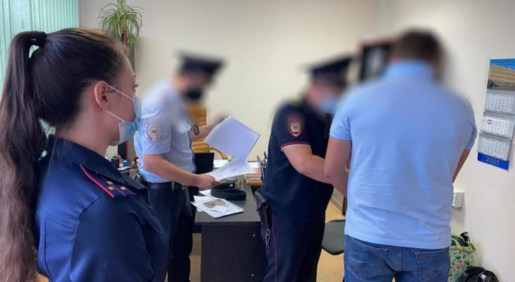 Пензенца подозревают в даче миллионной взятки сотрудникам полиции