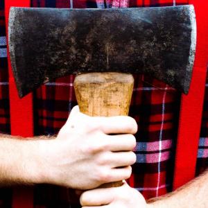 «Я тебе башку от...!»: в Кузнецке мужчина угрожал соседям жесткой расправой
