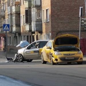На место страшной аварии в Пензе прибыли сотрудники ГИБДД