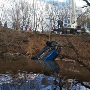 В Пензенской области спасатели нашли машину с трупом