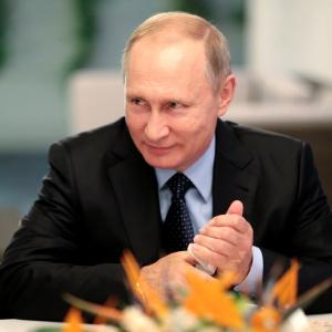 Штрафы получат даже здоровые: Путин одобрил новый закон о карантине