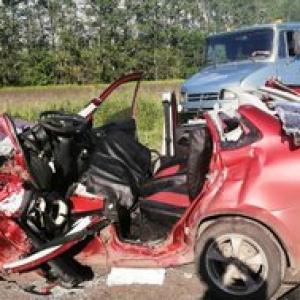 Смяло как консервную банку: в жутком ДТП в Пензенской области погибли двое человек