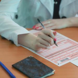 Школьников на ЕГЭ могут подстерегать мошенники