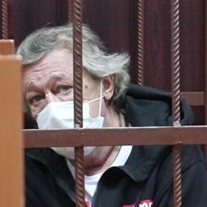 Суд вынес окончательное обвинение Ефремову