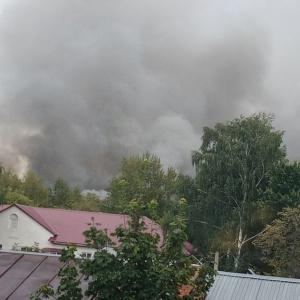 В здании казармы в Пензенской области произошел серьезный пожар