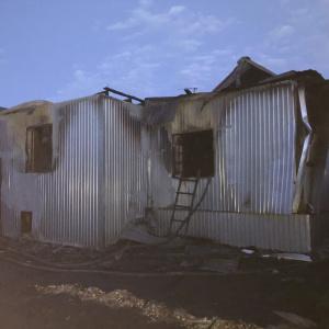 Жители Пензенской области потеряли дом и машину после пожара