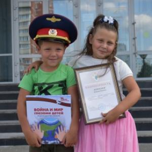 Сестра-герой: в Пензе 7-летняя девочка спасла младшего брата из воды