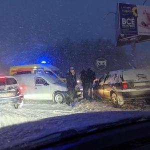 На место серьёзной аварии в Пензенской области приехала скорая