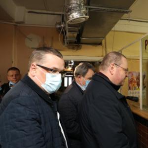 Олег Мельниченко проверил больницу в Чемодановке