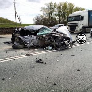 """В жуткой аварии на трассе """"Пенза-Тамбов"""" пострадали ребенок и мужчина"""