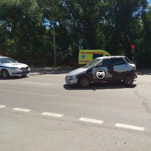 В Пензе на улице Ульяновской произошла жесткая авария с пострадавшими