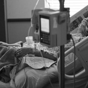 """""""Это не поможет"""": реальная история пензячки, как из-за халатности врачей умер ее отец"""
